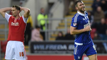 Daryl Murphy celebrates his third goal at Rotherham on this day in 2015