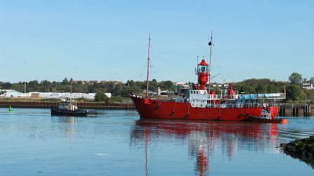 The LV18 lightship arriving in Ipswich from Harwich Picture: GRAHAM MEADOWS