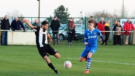 Carlos Edwards puts Woodbridge 3-1 ahead just before half time against Yarmouth. Photo: MATTY SMITH