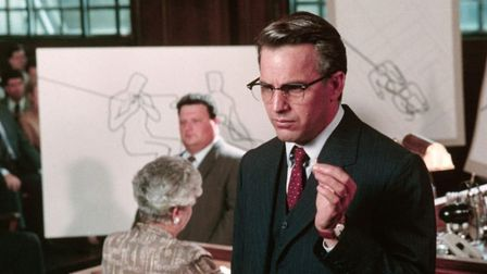 Kevin Costner is investigator Jim Garrison in JFK uncovering the detauils of the Kennedy asassinatio
