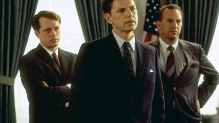 Stephen Culp as Bobby Kennedy, Bruce Greenwood as President Kennedy and Kevin Costner as Kenny O'Don
