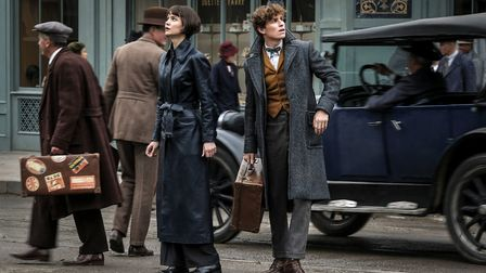 Fantastic Beasts: The Crimes Of Grindelwald. Pictured: Katherine Waterston as Tina Goldstein and Edd