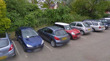 The car is thought to have driven into the river next to Fore Street car park in Framlingham Picture