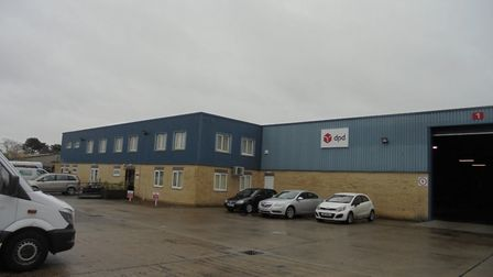 Parcel company DPD has taken the lease on a large warehouse building at 1 Beardmore Park, Martlesha