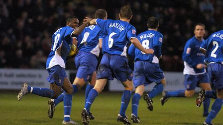 Darren Bent and Richard Naylor both scored on this day in 2004