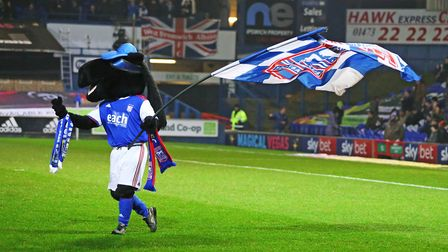 ITFC mascot Crazee ahead of the game. Picture: STEVE WALLER WWW.STEPHENWALLER.COM