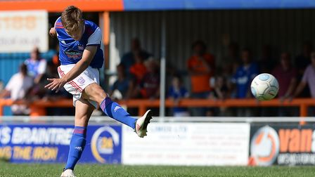 Aaron Drinan lets fly from distance against Braintree Town Picture Pagepix