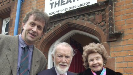 LEFT IVAN CUTTING FOUNDER AND DIR OF EASTERN ANGLES THEATRE CO WITH SIR JOHN MILLS AT HIS THEATRE IN