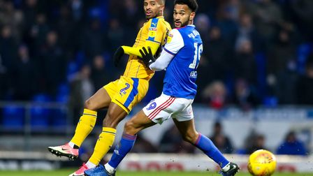 Jordan Roberts and Nathan Byrne keep their eyes on the ball. Picture: STEVE WALLER WWW.STEPHE