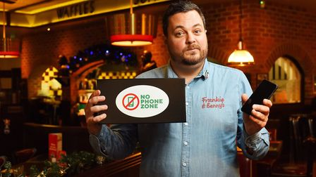 Frankie and Benny's restaurants are baning phones