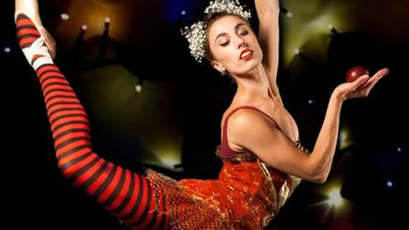 Holly Noble dance company will be premiering Snow, a contemporary take on the Snow White story at Da