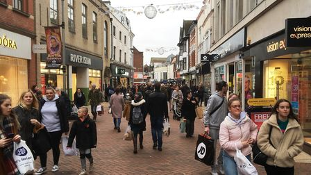 Just days before Christmas, Ipswich town centre was bustling with shoppers Picture: PAUL GEATER