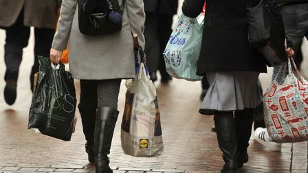 Shoppers hitting the streets of Ipswich Picture: SU ANDERSON