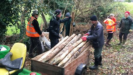 Volunteers from Muntons working with Environment Agency staff on the Ripping Gipping project