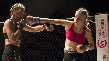 Molly Lindsay showed superb movement and angles in her win at Cage Warriors Academy South East in Oc