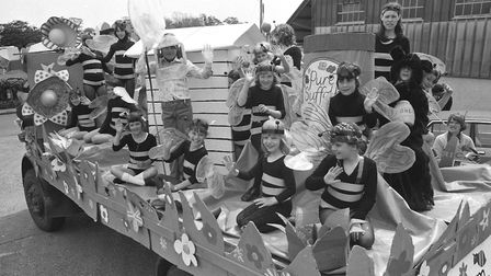 Youngsters celebrate Suffolk honey at Framlingham Gala in 1979 Picture: ARCHANT
