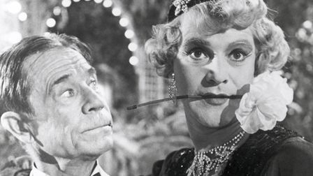 """""""You can't marry Osgood."""" """"Why, you think he's too old for me?"""" Jack Lemmon (Jerry/Daphne) gets car"""