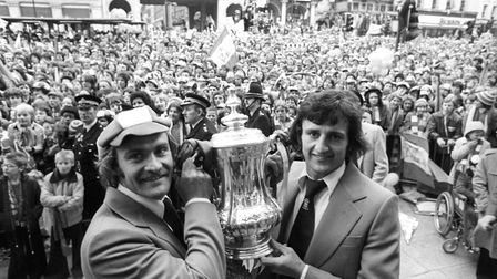 Ipswich Town captain Mick Mills (l) and Roger Osborne, who scored the winning goal against Arsenal i