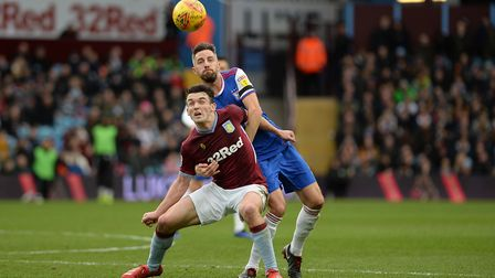 Cole Skuse keeps things tight at Villa Park Picture Pagepix