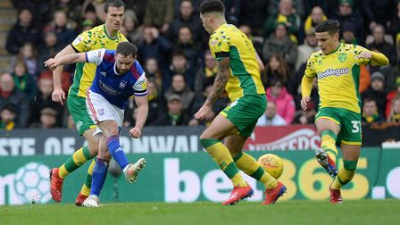 Alan Judge with a first half shot at Norwich. Photo: Pagepix