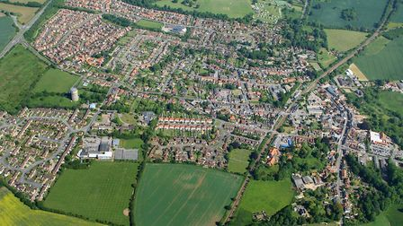 The garden neighbourhood would see 800 homes, a primary school and employment space built to the sou