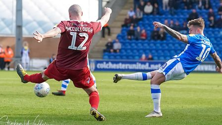 Sammie Szmodics with a first half shot. Picture: STEVE WALLER WWW.STEPHENWALLER.COM
