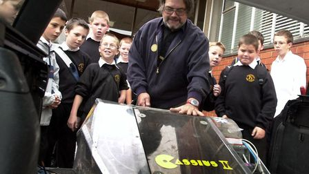 Always willing to share his wisdom. Rex Garrod in 2005, when he took his robots to Holywells High Sc