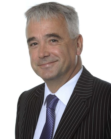 Dr Peter Holloway