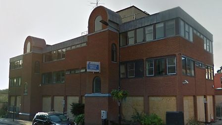Plans for the former Blomfield House Health Centre to be turned into flats have been given the go-ah