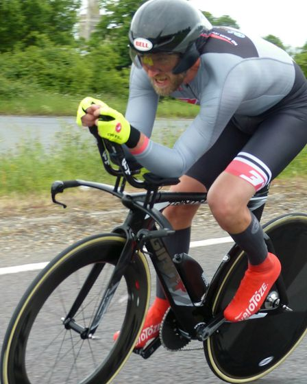 David Crisp of Colchester Club 3T Racing – in close contention for fourth overall at Stowmarket. Pi