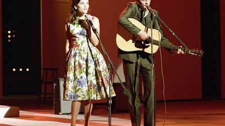 Joaquin Phoenix and Reece Witherspoon as Johnny Cash and June Carter in Walk The Line, Photo: Twenti
