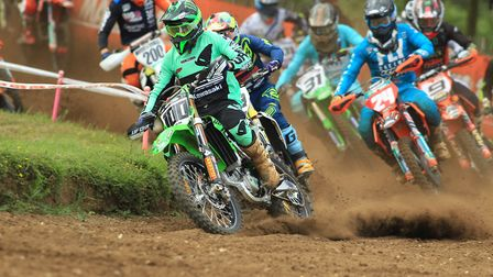 Overall winner Tommy Searle makes the start in the MXI Photo: RICK BLYTH