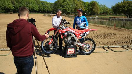 Elmswell's Shaun Southgate chats to Mike Bacon. Southgate is an MX1 racer and is the current reignin