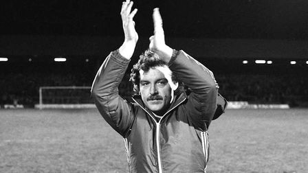 Kevin Beattie shows his appreciation to fans who attend his testimonial match in 1982