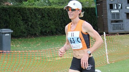 Helen Davies, on her way to posting the quickest female time over the 10K leg at the Ipswich JAFFA E