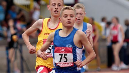 Lewis Sullivan leads the way, tracked by eventual winner Joshua Blevins, in the final of the under-1