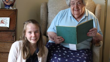 Elinor Hurry, 13, from St Benedict's Catholic School with 101-year-old Eleanor Wadsworth from Bury S