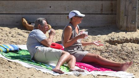 Hot weather in Felixstowe brings out thousands of beach goers Picture: GREGG BROWN