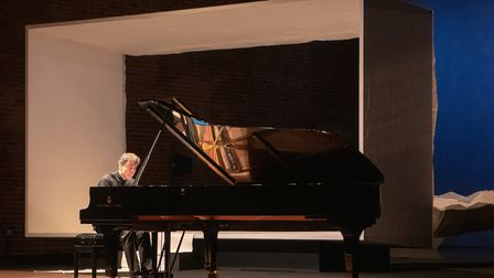 Paul Lewis plays the world premiere of Thomas Larcher's Movement for Piano at Aldeburgh Fesitval 201