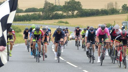 The bunch sprint in the Abberton Road Race – William Drury (far right) and Jacob Clapp (in pink) wit