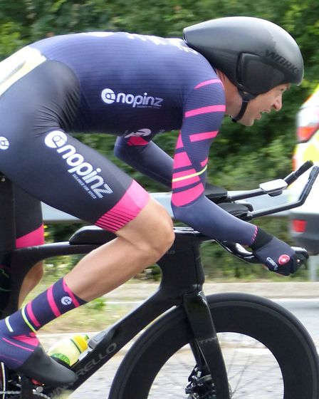 Marcin Bialoblocki on his way to smashing the national record at the East District CA 100. Picture: