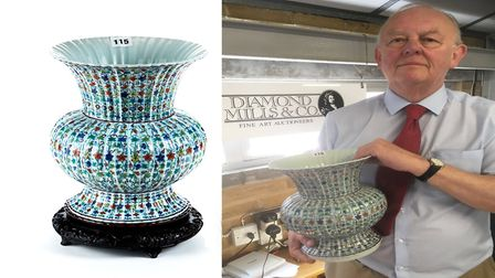 Auctioneer Nigel Papworth and the Chinese vase sold for �200,000 at Diamond Mills auction house in F