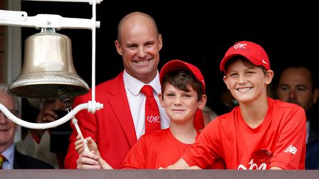 Andrew Strauss (second right) with sons Luca and Sam before ringing the five-minutes-to-play bell, w
