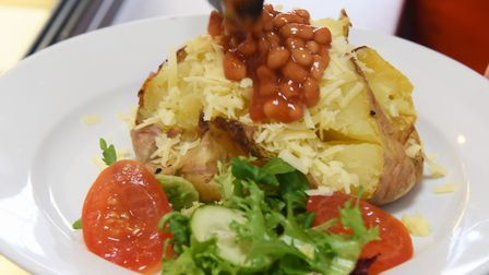 Hot jacket potato in the Lake Avenue Bake & Bites café, coffee shop and bakery in Bury St Edmunds. P