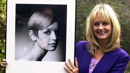 Twiggy with a photograph of herself by Barry Lategan at a special reception in central London in 200