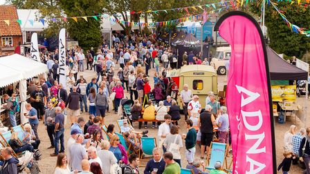 Visitors flocking to Aldeburgh Food and Drink Festival Picture: ALISTAIR GRANT/BOKEH PHOTOGRAPHIC