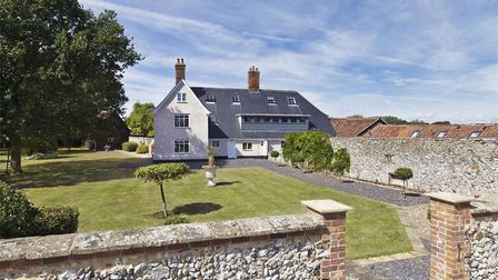 Hill Farm House is an exceptional Grade II listed farmhouse situated in an unrivalled rural setting