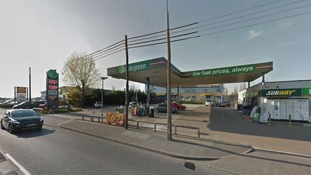 Essex Police want to hear from witnesses to a knifepoint robbery at Applegreen in Rayne Road, Braint