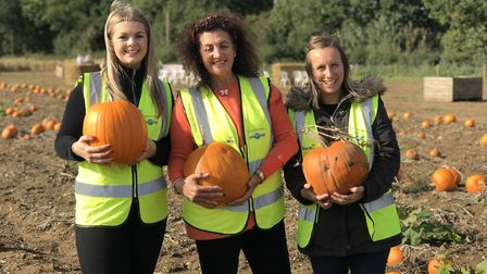 From left to right: Crystal Barbe, event organiser, Gina Long founder of GeeWizz and Jade Perry, eve