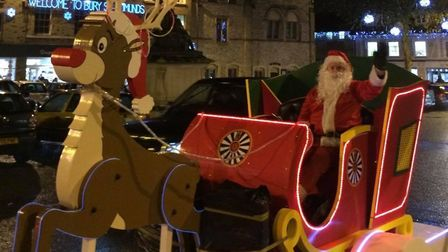 Bury St Edmunds Roundtable Santa Sleigh sets off on its route around the town tonight Picture: BURY
